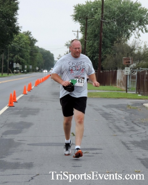 Hornet Hustle 5K Run/Walk<br><br><br><br><a href='http://www.trisportsevents.com/pics/DSCN0070.JPG' download='DSCN0070.JPG'>Click here to download.</a><Br><a href='http://www.facebook.com/sharer.php?u=http:%2F%2Fwww.trisportsevents.com%2Fpics%2FDSCN0070.JPG&t=Hornet Hustle 5K Run/Walk' target='_blank'><img src='images/fb_share.png' width='100'></a>
