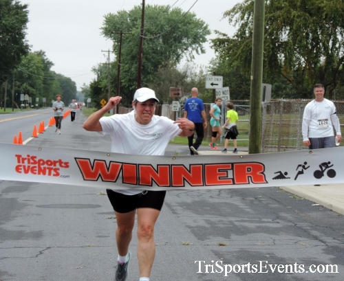 Hornet Hustle 5K Run/Walk<br><br><br><br><a href='http://www.trisportsevents.com/pics/DSCN0072.JPG' download='DSCN0072.JPG'>Click here to download.</a><Br><a href='http://www.facebook.com/sharer.php?u=http:%2F%2Fwww.trisportsevents.com%2Fpics%2FDSCN0072.JPG&t=Hornet Hustle 5K Run/Walk' target='_blank'><img src='images/fb_share.png' width='100'></a>