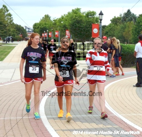 Hornet Hustle 5K Run/Walk<br><br><br><br><a href='http://www.trisportsevents.com/pics/DSCN0145.JPG' download='DSCN0145.JPG'>Click here to download.</a><Br><a href='http://www.facebook.com/sharer.php?u=http:%2F%2Fwww.trisportsevents.com%2Fpics%2FDSCN0145.JPG&t=Hornet Hustle 5K Run/Walk' target='_blank'><img src='images/fb_share.png' width='100'></a>