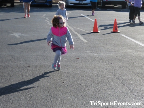 Tutu 5K Run/Walk<br><br><br><br><a href='https://www.trisportsevents.com/pics/IMG_0006_48725497.JPG' download='IMG_0006_48725497.JPG'>Click here to download.</a><Br><a href='http://www.facebook.com/sharer.php?u=http:%2F%2Fwww.trisportsevents.com%2Fpics%2FIMG_0006_48725497.JPG&t=Tutu 5K Run/Walk' target='_blank'><img src='images/fb_share.png' width='100'></a>