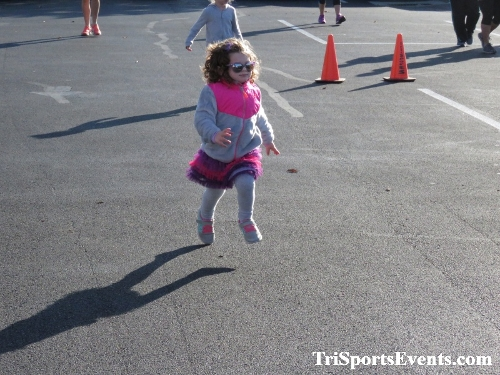 Tutu 5K Run/Walk<br><br><br><br><a href='https://www.trisportsevents.com/pics/IMG_0007_33056346.JPG' download='IMG_0007_33056346.JPG'>Click here to download.</a><Br><a href='http://www.facebook.com/sharer.php?u=http:%2F%2Fwww.trisportsevents.com%2Fpics%2FIMG_0007_33056346.JPG&t=Tutu 5K Run/Walk' target='_blank'><img src='images/fb_share.png' width='100'></a>