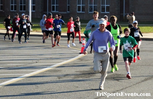 10 Annual Grinch Gallop 5K Run/Walk<br><br><br><br><a href='http://www.trisportsevents.com/pics/IMG_0009_54149379.JPG' download='IMG_0009_54149379.JPG'>Click here to download.</a><Br><a href='http://www.facebook.com/sharer.php?u=http:%2F%2Fwww.trisportsevents.com%2Fpics%2FIMG_0009_54149379.JPG&t=10 Annual Grinch Gallop 5K Run/Walk' target='_blank'><img src='images/fb_share.png' width='100'></a>