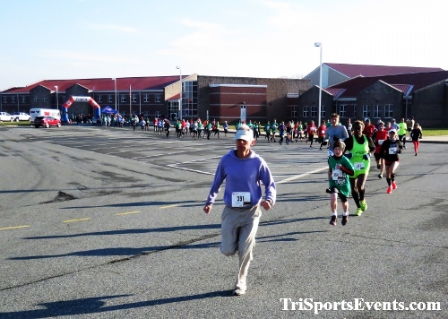 10 Annual Grinch Gallop 5K Run/Walk<br><br><br><br><a href='http://www.trisportsevents.com/pics/IMG_0010_63986107.JPG' download='IMG_0010_63986107.JPG'>Click here to download.</a><Br><a href='http://www.facebook.com/sharer.php?u=http:%2F%2Fwww.trisportsevents.com%2Fpics%2FIMG_0010_63986107.JPG&t=10 Annual Grinch Gallop 5K Run/Walk' target='_blank'><img src='images/fb_share.png' width='100'></a>