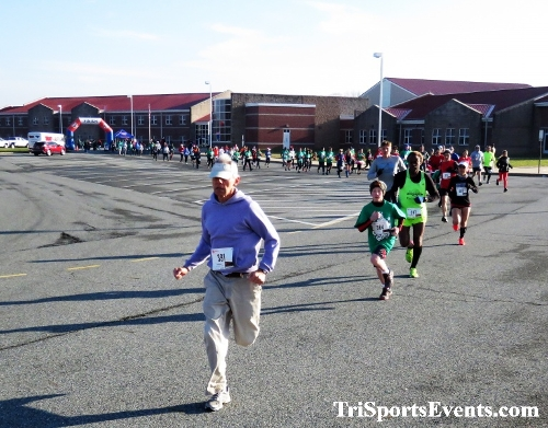10 Annual Grinch Gallop 5K Run/Walk<br><br><br><br><a href='http://www.trisportsevents.com/pics/IMG_0011_14109624.JPG' download='IMG_0011_14109624.JPG'>Click here to download.</a><Br><a href='http://www.facebook.com/sharer.php?u=http:%2F%2Fwww.trisportsevents.com%2Fpics%2FIMG_0011_14109624.JPG&t=10 Annual Grinch Gallop 5K Run/Walk' target='_blank'><img src='images/fb_share.png' width='100'></a>