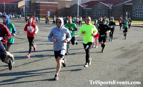 10 Annual Grinch Gallop 5K Run/Walk<br><br><br><br><a href='http://www.trisportsevents.com/pics/IMG_0015_52323511.JPG' download='IMG_0015_52323511.JPG'>Click here to download.</a><Br><a href='http://www.facebook.com/sharer.php?u=http:%2F%2Fwww.trisportsevents.com%2Fpics%2FIMG_0015_52323511.JPG&t=10 Annual Grinch Gallop 5K Run/Walk' target='_blank'><img src='images/fb_share.png' width='100'></a>