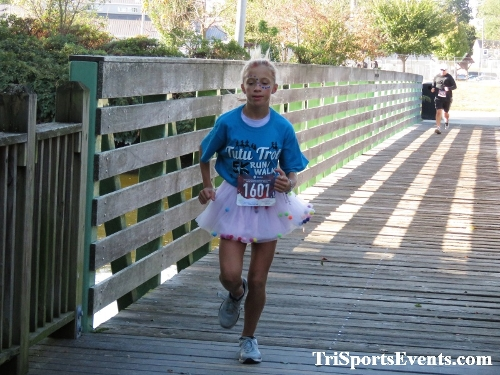 Tutu 5K Run/Walk<br><br><br><br><a href='https://www.trisportsevents.com/pics/IMG_0017_21200848.JPG' download='IMG_0017_21200848.JPG'>Click here to download.</a><Br><a href='http://www.facebook.com/sharer.php?u=http:%2F%2Fwww.trisportsevents.com%2Fpics%2FIMG_0017_21200848.JPG&t=Tutu 5K Run/Walk' target='_blank'><img src='images/fb_share.png' width='100'></a>