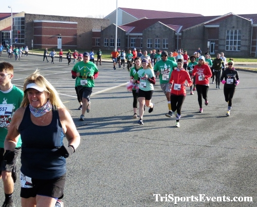 10 Annual Grinch Gallop 5K Run/Walk<br><br><br><br><a href='https://www.trisportsevents.com/pics/IMG_0018_75440200.JPG' download='IMG_0018_75440200.JPG'>Click here to download.</a><Br><a href='http://www.facebook.com/sharer.php?u=http:%2F%2Fwww.trisportsevents.com%2Fpics%2FIMG_0018_75440200.JPG&t=10 Annual Grinch Gallop 5K Run/Walk' target='_blank'><img src='images/fb_share.png' width='100'></a>