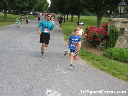 Gotta Have Faye-th 5K Run/Walk<br><br><br><br><a href='https://www.trisportsevents.com/pics/IMG_0018_84196136.JPG' download='IMG_0018_84196136.JPG'>Click here to download.</a><Br><a href='http://www.facebook.com/sharer.php?u=http:%2F%2Fwww.trisportsevents.com%2Fpics%2FIMG_0018_84196136.JPG&t=Gotta Have Faye-th 5K Run/Walk' target='_blank'><img src='images/fb_share.png' width='100'></a>