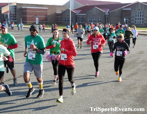 10 Annual Grinch Gallop 5K Run/Walk<br><br><br><br><a href='http://www.trisportsevents.com/pics/IMG_0019_78346528.JPG' download='IMG_0019_78346528.JPG'>Click here to download.</a><Br><a href='http://www.facebook.com/sharer.php?u=http:%2F%2Fwww.trisportsevents.com%2Fpics%2FIMG_0019_78346528.JPG&t=10 Annual Grinch Gallop 5K Run/Walk' target='_blank'><img src='images/fb_share.png' width='100'></a>