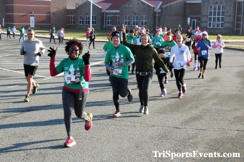 10 Annual Grinch Gallop 5K Run/Walk<br><br><br><br><a href='https://www.trisportsevents.com/pics/IMG_0020_89189125.JPG' download='IMG_0020_89189125.JPG'>Click here to download.</a><Br><a href='http://www.facebook.com/sharer.php?u=http:%2F%2Fwww.trisportsevents.com%2Fpics%2FIMG_0020_89189125.JPG&t=10 Annual Grinch Gallop 5K Run/Walk' target='_blank'><img src='images/fb_share.png' width='100'></a>