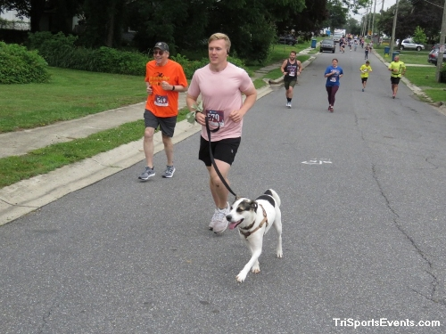 Scamper for Paws & Claws 5K Run/Walk<br><br><br><br><a href='https://www.trisportsevents.com/pics/IMG_0021_24836572.JPG' download='IMG_0021_24836572.JPG'>Click here to download.</a><Br><a href='http://www.facebook.com/sharer.php?u=http:%2F%2Fwww.trisportsevents.com%2Fpics%2FIMG_0021_24836572.JPG&t=Scamper for Paws & Claws 5K Run/Walk' target='_blank'><img src='images/fb_share.png' width='100'></a>
