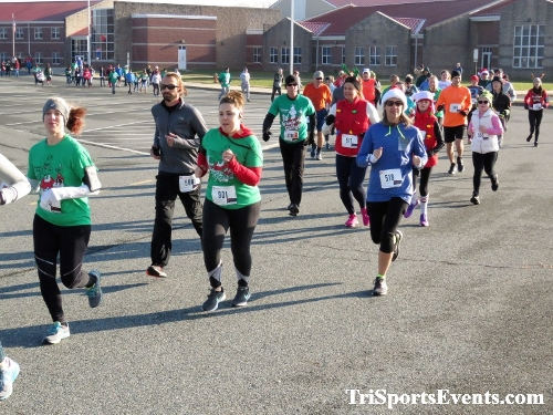 10 Annual Grinch Gallop 5K Run/Walk<br><br><br><br><a href='http://www.trisportsevents.com/pics/IMG_0022_9410624.JPG' download='IMG_0022_9410624.JPG'>Click here to download.</a><Br><a href='http://www.facebook.com/sharer.php?u=http:%2F%2Fwww.trisportsevents.com%2Fpics%2FIMG_0022_9410624.JPG&t=10 Annual Grinch Gallop 5K Run/Walk' target='_blank'><img src='images/fb_share.png' width='100'></a>