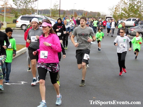 Be Great 5k Run/Walk - Dover Boys & Girls Club<br><br><br><br><a href='https://www.trisportsevents.com/pics/IMG_0023_75247485.JPG' download='IMG_0023_75247485.JPG'>Click here to download.</a><Br><a href='http://www.facebook.com/sharer.php?u=http:%2F%2Fwww.trisportsevents.com%2Fpics%2FIMG_0023_75247485.JPG&t=Be Great 5k Run/Walk - Dover Boys & Girls Club' target='_blank'><img src='images/fb_share.png' width='100'></a>