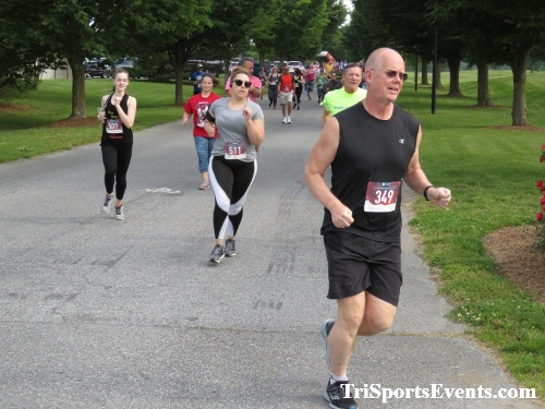 Gotta Have Faye-th 5K Run/Walk<br><br><br><br><a href='https://www.trisportsevents.com/pics/IMG_0032_86242225.JPG' download='IMG_0032_86242225.JPG'>Click here to download.</a><Br><a href='http://www.facebook.com/sharer.php?u=http:%2F%2Fwww.trisportsevents.com%2Fpics%2FIMG_0032_86242225.JPG&t=Gotta Have Faye-th 5K Run/Walk' target='_blank'><img src='images/fb_share.png' width='100'></a>
