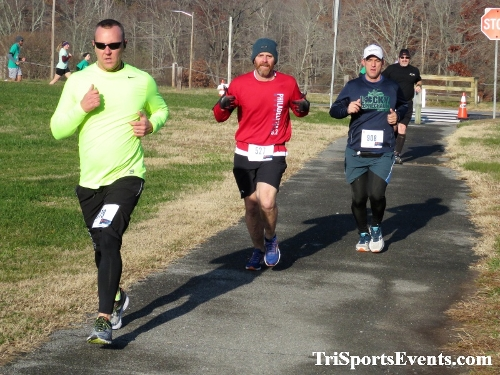 10 Annual Grinch Gallop 5K Run/Walk<br><br><br><br><a href='http://www.trisportsevents.com/pics/IMG_0035_21844693.JPG' download='IMG_0035_21844693.JPG'>Click here to download.</a><Br><a href='http://www.facebook.com/sharer.php?u=http:%2F%2Fwww.trisportsevents.com%2Fpics%2FIMG_0035_21844693.JPG&t=10 Annual Grinch Gallop 5K Run/Walk' target='_blank'><img src='images/fb_share.png' width='100'></a>
