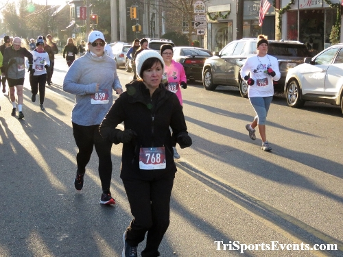 Run Like The Dickens 5K Run/Walk<br><br><br><br><a href='https://www.trisportsevents.com/pics/IMG_0036_45399473.JPG' download='IMG_0036_45399473.JPG'>Click here to download.</a><Br><a href='http://www.facebook.com/sharer.php?u=http:%2F%2Fwww.trisportsevents.com%2Fpics%2FIMG_0036_45399473.JPG&t=Run Like The Dickens 5K Run/Walk' target='_blank'><img src='images/fb_share.png' width='100'></a>