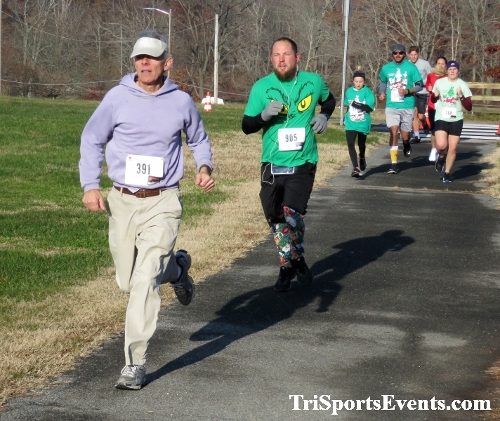 10 Annual Grinch Gallop 5K Run/Walk<br><br><br><br><a href='http://www.trisportsevents.com/pics/IMG_0037_29096315.JPG' download='IMG_0037_29096315.JPG'>Click here to download.</a><Br><a href='http://www.facebook.com/sharer.php?u=http:%2F%2Fwww.trisportsevents.com%2Fpics%2FIMG_0037_29096315.JPG&t=10 Annual Grinch Gallop 5K Run/Walk' target='_blank'><img src='images/fb_share.png' width='100'></a>