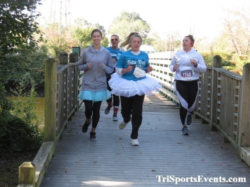 Tutu 5K Run/Walk<br><br><br><br><a href='https://www.trisportsevents.com/pics/IMG_0038_44947504.JPG' download='IMG_0038_44947504.JPG'>Click here to download.</a><Br><a href='http://www.facebook.com/sharer.php?u=http:%2F%2Fwww.trisportsevents.com%2Fpics%2FIMG_0038_44947504.JPG&t=Tutu 5K Run/Walk' target='_blank'><img src='images/fb_share.png' width='100'></a>