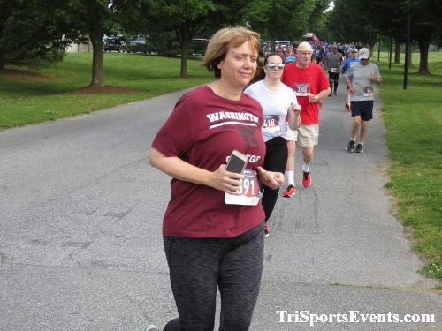 Gotta Have Faye-th 5K Run/Walk<br><br><br><br><a href='https://www.trisportsevents.com/pics/IMG_0047_57717384.JPG' download='IMG_0047_57717384.JPG'>Click here to download.</a><Br><a href='http://www.facebook.com/sharer.php?u=http:%2F%2Fwww.trisportsevents.com%2Fpics%2FIMG_0047_57717384.JPG&t=Gotta Have Faye-th 5K Run/Walk' target='_blank'><img src='images/fb_share.png' width='100'></a>