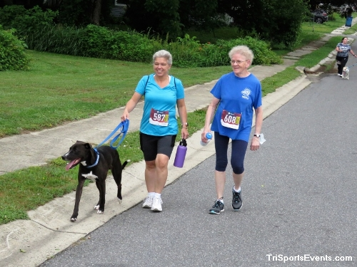 Scamper for Paws & Claws 5K Run/Walk<br><br><br><br><a href='https://www.trisportsevents.com/pics/IMG_0047_82335330.JPG' download='IMG_0047_82335330.JPG'>Click here to download.</a><Br><a href='http://www.facebook.com/sharer.php?u=http:%2F%2Fwww.trisportsevents.com%2Fpics%2FIMG_0047_82335330.JPG&t=Scamper for Paws & Claws 5K Run/Walk' target='_blank'><img src='images/fb_share.png' width='100'></a>