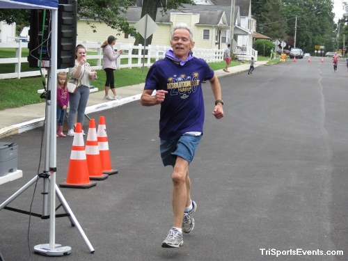 Scamper for Paws & Claws 5K Run/Walk<br><br><br><br><a href='https://www.trisportsevents.com/pics/IMG_0076_39161145.JPG' download='IMG_0076_39161145.JPG'>Click here to download.</a><Br><a href='http://www.facebook.com/sharer.php?u=http:%2F%2Fwww.trisportsevents.com%2Fpics%2FIMG_0076_39161145.JPG&t=Scamper for Paws & Claws 5K Run/Walk' target='_blank'><img src='images/fb_share.png' width='100'></a>
