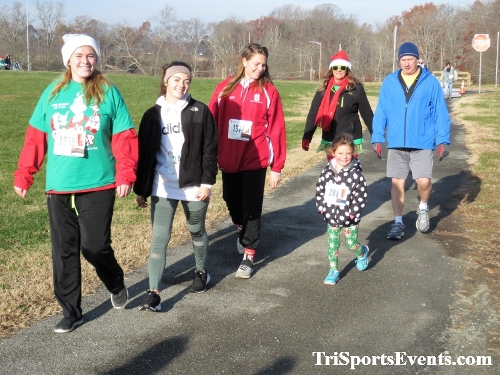 10 Annual Grinch Gallop 5K Run/Walk<br><br><br><br><a href='http://www.trisportsevents.com/pics/IMG_0087_91086509.JPG' download='IMG_0087_91086509.JPG'>Click here to download.</a><Br><a href='http://www.facebook.com/sharer.php?u=http:%2F%2Fwww.trisportsevents.com%2Fpics%2FIMG_0087_91086509.JPG&t=10 Annual Grinch Gallop 5K Run/Walk' target='_blank'><img src='images/fb_share.png' width='100'></a>
