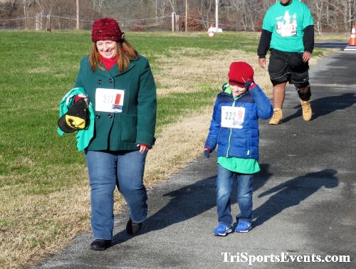10 Annual Grinch Gallop 5K Run/Walk<br><br><br><br><a href='https://www.trisportsevents.com/pics/IMG_0090_13091407.JPG' download='IMG_0090_13091407.JPG'>Click here to download.</a><Br><a href='http://www.facebook.com/sharer.php?u=http:%2F%2Fwww.trisportsevents.com%2Fpics%2FIMG_0090_13091407.JPG&t=10 Annual Grinch Gallop 5K Run/Walk' target='_blank'><img src='images/fb_share.png' width='100'></a>