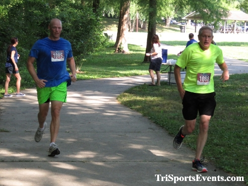 Freedom 5K Ran/Walk<br><br><br><br><a href='https://www.trisportsevents.com/pics/IMG_0095_90425345.JPG' download='IMG_0095_90425345.JPG'>Click here to download.</a><Br><a href='http://www.facebook.com/sharer.php?u=http:%2F%2Fwww.trisportsevents.com%2Fpics%2FIMG_0095_90425345.JPG&t=Freedom 5K Ran/Walk' target='_blank'><img src='images/fb_share.png' width='100'></a>