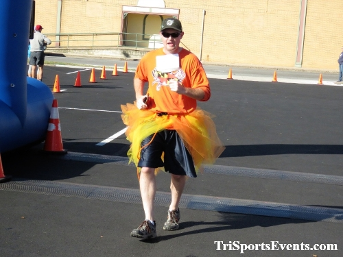 Tutu 5K Run/Walk<br><br><br><br><a href='https://www.trisportsevents.com/pics/IMG_0120_65067344.JPG' download='IMG_0120_65067344.JPG'>Click here to download.</a><Br><a href='http://www.facebook.com/sharer.php?u=http:%2F%2Fwww.trisportsevents.com%2Fpics%2FIMG_0120_65067344.JPG&t=Tutu 5K Run/Walk' target='_blank'><img src='images/fb_share.png' width='100'></a>