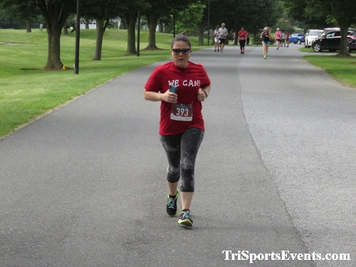 Gotta Have Faye-th 5K Run/Walk<br><br><br><br><a href='http://www.trisportsevents.com/pics/IMG_0122_55463316.JPG' download='IMG_0122_55463316.JPG'>Click here to download.</a><Br><a href='http://www.facebook.com/sharer.php?u=http:%2F%2Fwww.trisportsevents.com%2Fpics%2FIMG_0122_55463316.JPG&t=Gotta Have Faye-th 5K Run/Walk' target='_blank'><img src='images/fb_share.png' width='100'></a>