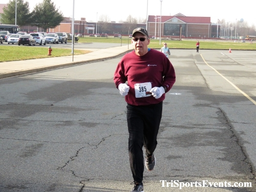 10 Annual Grinch Gallop 5K Run/Walk<br><br><br><br><a href='https://www.trisportsevents.com/pics/IMG_0131_28294068.JPG' download='IMG_0131_28294068.JPG'>Click here to download.</a><Br><a href='http://www.facebook.com/sharer.php?u=http:%2F%2Fwww.trisportsevents.com%2Fpics%2FIMG_0131_28294068.JPG&t=10 Annual Grinch Gallop 5K Run/Walk' target='_blank'><img src='images/fb_share.png' width='100'></a>
