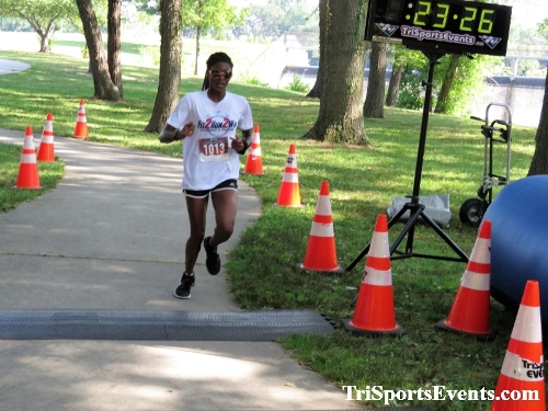 Freedom 5K Ran/Walk<br><br><br><br><a href='https://www.trisportsevents.com/pics/IMG_0140_75579994.JPG' download='IMG_0140_75579994.JPG'>Click here to download.</a><Br><a href='http://www.facebook.com/sharer.php?u=http:%2F%2Fwww.trisportsevents.com%2Fpics%2FIMG_0140_75579994.JPG&t=Freedom 5K Ran/Walk' target='_blank'><img src='images/fb_share.png' width='100'></a>