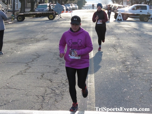 Run Like The Dickens 5K Run/Walk<br><br><br><br><a href='https://www.trisportsevents.com/pics/IMG_0141_7371714.JPG' download='IMG_0141_7371714.JPG'>Click here to download.</a><Br><a href='http://www.facebook.com/sharer.php?u=http:%2F%2Fwww.trisportsevents.com%2Fpics%2FIMG_0141_7371714.JPG&t=Run Like The Dickens 5K Run/Walk' target='_blank'><img src='images/fb_share.png' width='100'></a>