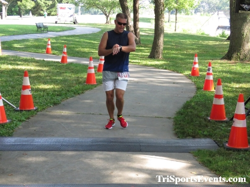 Freedom 5K Ran/Walk<br><br><br><br><a href='https://www.trisportsevents.com/pics/IMG_0142_33180377.JPG' download='IMG_0142_33180377.JPG'>Click here to download.</a><Br><a href='http://www.facebook.com/sharer.php?u=http:%2F%2Fwww.trisportsevents.com%2Fpics%2FIMG_0142_33180377.JPG&t=Freedom 5K Ran/Walk' target='_blank'><img src='images/fb_share.png' width='100'></a>