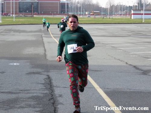 10 Annual Grinch Gallop 5K Run/Walk<br><br><br><br><a href='http://www.trisportsevents.com/pics/IMG_0143_17245519.JPG' download='IMG_0143_17245519.JPG'>Click here to download.</a><Br><a href='http://www.facebook.com/sharer.php?u=http:%2F%2Fwww.trisportsevents.com%2Fpics%2FIMG_0143_17245519.JPG&t=10 Annual Grinch Gallop 5K Run/Walk' target='_blank'><img src='images/fb_share.png' width='100'></a>
