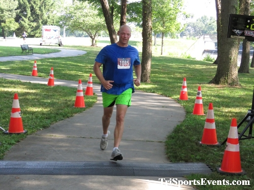 Freedom 5K Ran/Walk<br><br><br><br><a href='https://www.trisportsevents.com/pics/IMG_0145_85614013.JPG' download='IMG_0145_85614013.JPG'>Click here to download.</a><Br><a href='http://www.facebook.com/sharer.php?u=http:%2F%2Fwww.trisportsevents.com%2Fpics%2FIMG_0145_85614013.JPG&t=Freedom 5K Ran/Walk' target='_blank'><img src='images/fb_share.png' width='100'></a>