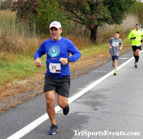 Shamrock Scramble 5K Run/Walk<br><br><br><br><a href='https://www.trisportsevents.com/pics/IMG_0146.JPG' download='IMG_0146.JPG'>Click here to download.</a><Br><a href='http://www.facebook.com/sharer.php?u=http:%2F%2Fwww.trisportsevents.com%2Fpics%2FIMG_0146.JPG&t=Shamrock Scramble 5K Run/Walk' target='_blank'><img src='images/fb_share.png' width='100'></a>