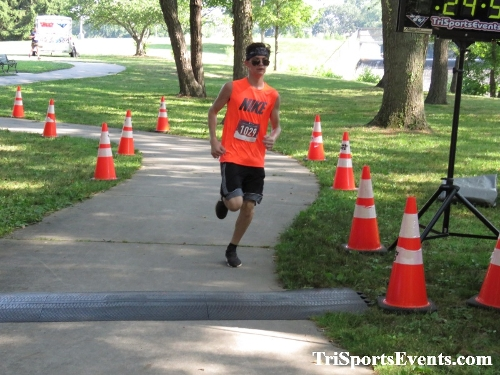 Freedom 5K Ran/Walk<br><br><br><br><a href='http://www.trisportsevents.com/pics/IMG_0146_27147802.JPG' download='IMG_0146_27147802.JPG'>Click here to download.</a><Br><a href='http://www.facebook.com/sharer.php?u=http:%2F%2Fwww.trisportsevents.com%2Fpics%2FIMG_0146_27147802.JPG&t=Freedom 5K Ran/Walk' target='_blank'><img src='images/fb_share.png' width='100'></a>