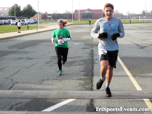 10 Annual Grinch Gallop 5K Run/Walk<br><br><br><br><a href='http://www.trisportsevents.com/pics/IMG_0146_37359268.JPG' download='IMG_0146_37359268.JPG'>Click here to download.</a><Br><a href='http://www.facebook.com/sharer.php?u=http:%2F%2Fwww.trisportsevents.com%2Fpics%2FIMG_0146_37359268.JPG&t=10 Annual Grinch Gallop 5K Run/Walk' target='_blank'><img src='images/fb_share.png' width='100'></a>