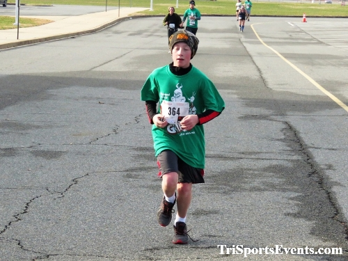 10 Annual Grinch Gallop 5K Run/Walk<br><br><br><br><a href='http://www.trisportsevents.com/pics/IMG_0150_88566356.JPG' download='IMG_0150_88566356.JPG'>Click here to download.</a><Br><a href='http://www.facebook.com/sharer.php?u=http:%2F%2Fwww.trisportsevents.com%2Fpics%2FIMG_0150_88566356.JPG&t=10 Annual Grinch Gallop 5K Run/Walk' target='_blank'><img src='images/fb_share.png' width='100'></a>