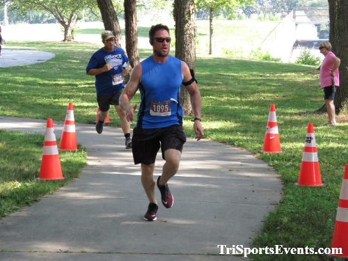 Freedom 5K Ran/Walk<br><br><br><br><a href='https://www.trisportsevents.com/pics/IMG_0151_5681657.JPG' download='IMG_0151_5681657.JPG'>Click here to download.</a><Br><a href='http://www.facebook.com/sharer.php?u=http:%2F%2Fwww.trisportsevents.com%2Fpics%2FIMG_0151_5681657.JPG&t=Freedom 5K Ran/Walk' target='_blank'><img src='images/fb_share.png' width='100'></a>