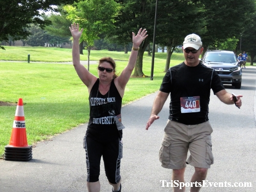 Gotta Have Faye-th 5K Run/Walk<br><br><br><br><a href='http://www.trisportsevents.com/pics/IMG_0157_43657772.JPG' download='IMG_0157_43657772.JPG'>Click here to download.</a><Br><a href='http://www.facebook.com/sharer.php?u=http:%2F%2Fwww.trisportsevents.com%2Fpics%2FIMG_0157_43657772.JPG&t=Gotta Have Faye-th 5K Run/Walk' target='_blank'><img src='images/fb_share.png' width='100'></a>
