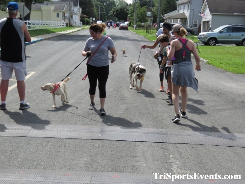 Scamper for Paws & Claws 5K Run/Walk<br><br><br><br><a href='https://www.trisportsevents.com/pics/IMG_0161_18438223.JPG' download='IMG_0161_18438223.JPG'>Click here to download.</a><Br><a href='http://www.facebook.com/sharer.php?u=http:%2F%2Fwww.trisportsevents.com%2Fpics%2FIMG_0161_18438223.JPG&t=Scamper for Paws & Claws 5K Run/Walk' target='_blank'><img src='images/fb_share.png' width='100'></a>