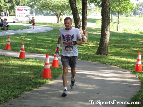 Freedom 5K Ran/Walk<br><br><br><br><a href='https://www.trisportsevents.com/pics/IMG_0167_42459707.JPG' download='IMG_0167_42459707.JPG'>Click here to download.</a><Br><a href='http://www.facebook.com/sharer.php?u=http:%2F%2Fwww.trisportsevents.com%2Fpics%2FIMG_0167_42459707.JPG&t=Freedom 5K Ran/Walk' target='_blank'><img src='images/fb_share.png' width='100'></a>