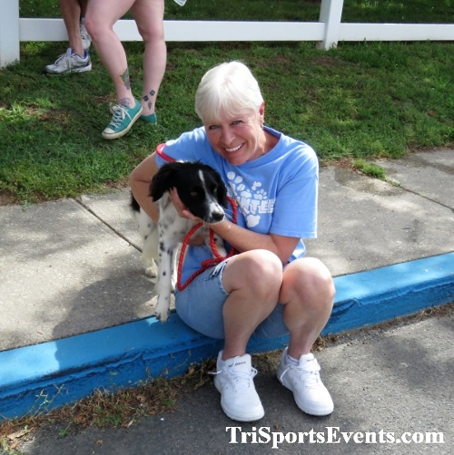 Scamper for Paws & Claws 5K Run/Walk<br><br><br><br><a href='https://www.trisportsevents.com/pics/IMG_0167_98112773.JPG' download='IMG_0167_98112773.JPG'>Click here to download.</a><Br><a href='http://www.facebook.com/sharer.php?u=http:%2F%2Fwww.trisportsevents.com%2Fpics%2FIMG_0167_98112773.JPG&t=Scamper for Paws & Claws 5K Run/Walk' target='_blank'><img src='images/fb_share.png' width='100'></a>