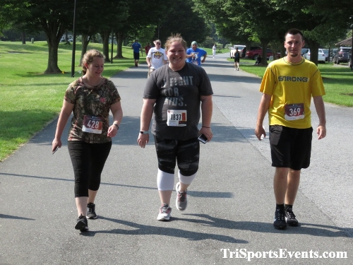 Gotta Have Faye-th 5K Run/Walk<br><br><br><br><a href='https://www.trisportsevents.com/pics/IMG_0170_10353891.JPG' download='IMG_0170_10353891.JPG'>Click here to download.</a><Br><a href='http://www.facebook.com/sharer.php?u=http:%2F%2Fwww.trisportsevents.com%2Fpics%2FIMG_0170_10353891.JPG&t=Gotta Have Faye-th 5K Run/Walk' target='_blank'><img src='images/fb_share.png' width='100'></a>