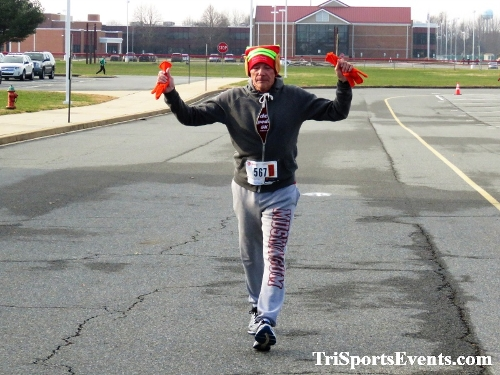 10 Annual Grinch Gallop 5K Run/Walk<br><br><br><br><a href='https://www.trisportsevents.com/pics/IMG_0174_64128405.JPG' download='IMG_0174_64128405.JPG'>Click here to download.</a><Br><a href='http://www.facebook.com/sharer.php?u=http:%2F%2Fwww.trisportsevents.com%2Fpics%2FIMG_0174_64128405.JPG&t=10 Annual Grinch Gallop 5K Run/Walk' target='_blank'><img src='images/fb_share.png' width='100'></a>