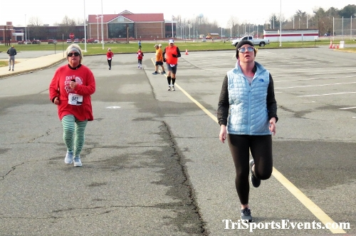 10 Annual Grinch Gallop 5K Run/Walk<br><br><br><br><a href='http://www.trisportsevents.com/pics/IMG_0179_48505799.JPG' download='IMG_0179_48505799.JPG'>Click here to download.</a><Br><a href='http://www.facebook.com/sharer.php?u=http:%2F%2Fwww.trisportsevents.com%2Fpics%2FIMG_0179_48505799.JPG&t=10 Annual Grinch Gallop 5K Run/Walk' target='_blank'><img src='images/fb_share.png' width='100'></a>
