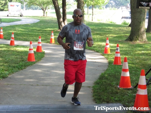 Freedom 5K Ran/Walk<br><br><br><br><a href='https://www.trisportsevents.com/pics/IMG_0184_12801995.JPG' download='IMG_0184_12801995.JPG'>Click here to download.</a><Br><a href='http://www.facebook.com/sharer.php?u=http:%2F%2Fwww.trisportsevents.com%2Fpics%2FIMG_0184_12801995.JPG&t=Freedom 5K Ran/Walk' target='_blank'><img src='images/fb_share.png' width='100'></a>