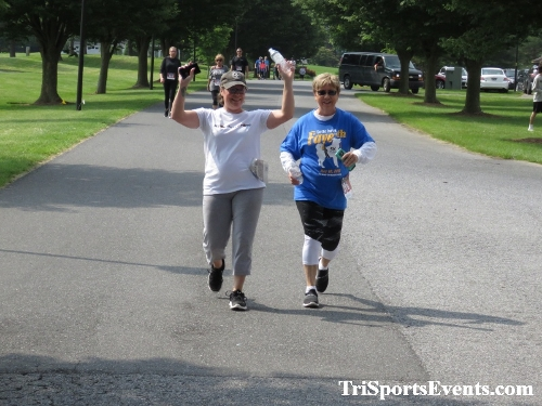 Gotta Have Faye-th 5K Run/Walk<br><br><br><br><a href='http://www.trisportsevents.com/pics/IMG_0185_84963897.JPG' download='IMG_0185_84963897.JPG'>Click here to download.</a><Br><a href='http://www.facebook.com/sharer.php?u=http:%2F%2Fwww.trisportsevents.com%2Fpics%2FIMG_0185_84963897.JPG&t=Gotta Have Faye-th 5K Run/Walk' target='_blank'><img src='images/fb_share.png' width='100'></a>